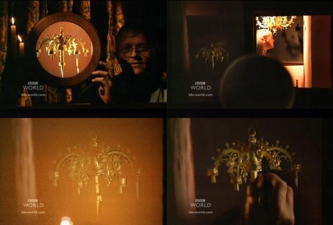 Хокни показывает каким образом можно нарисовать сложную люстру с картины Ван Эйка